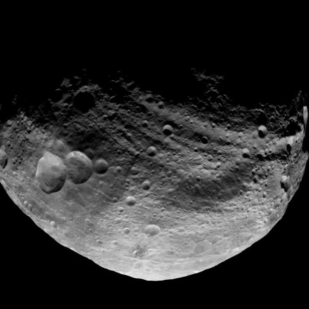 This image obtained by the camera on NASA's Dawn spacecraft shows the south pole of the giant asteroid Vesta.